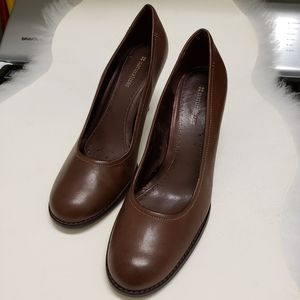 "Naturalizer Leather Uppers Brown 10 1/2"" Pumps"